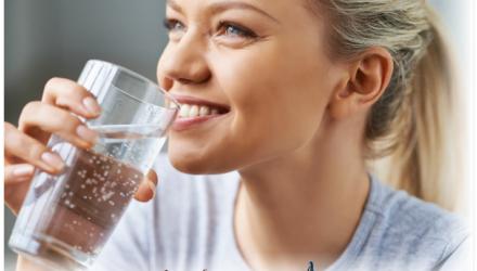 Вода — лекарство от депрессии. Если грусть — тоска терзает, то стакан воды поможет